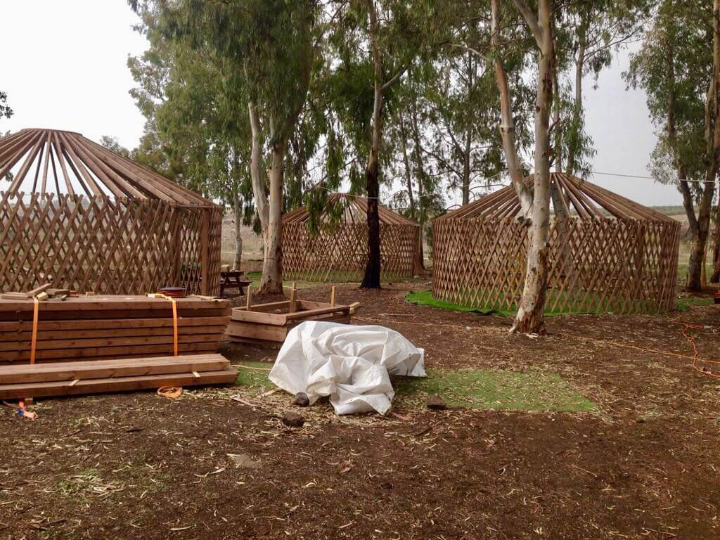 פארק היורטה - בניית 3 בסיסים