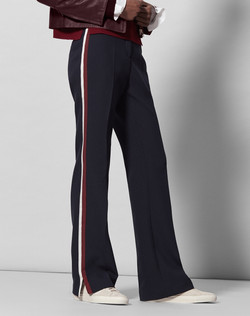 Updater: SPORTS LUXE