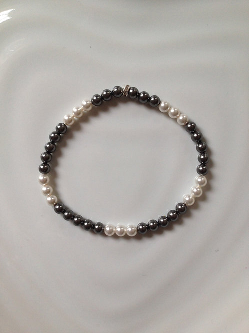 SWAROVSKI PEARL BRACELET - CREAM & DARK GREY