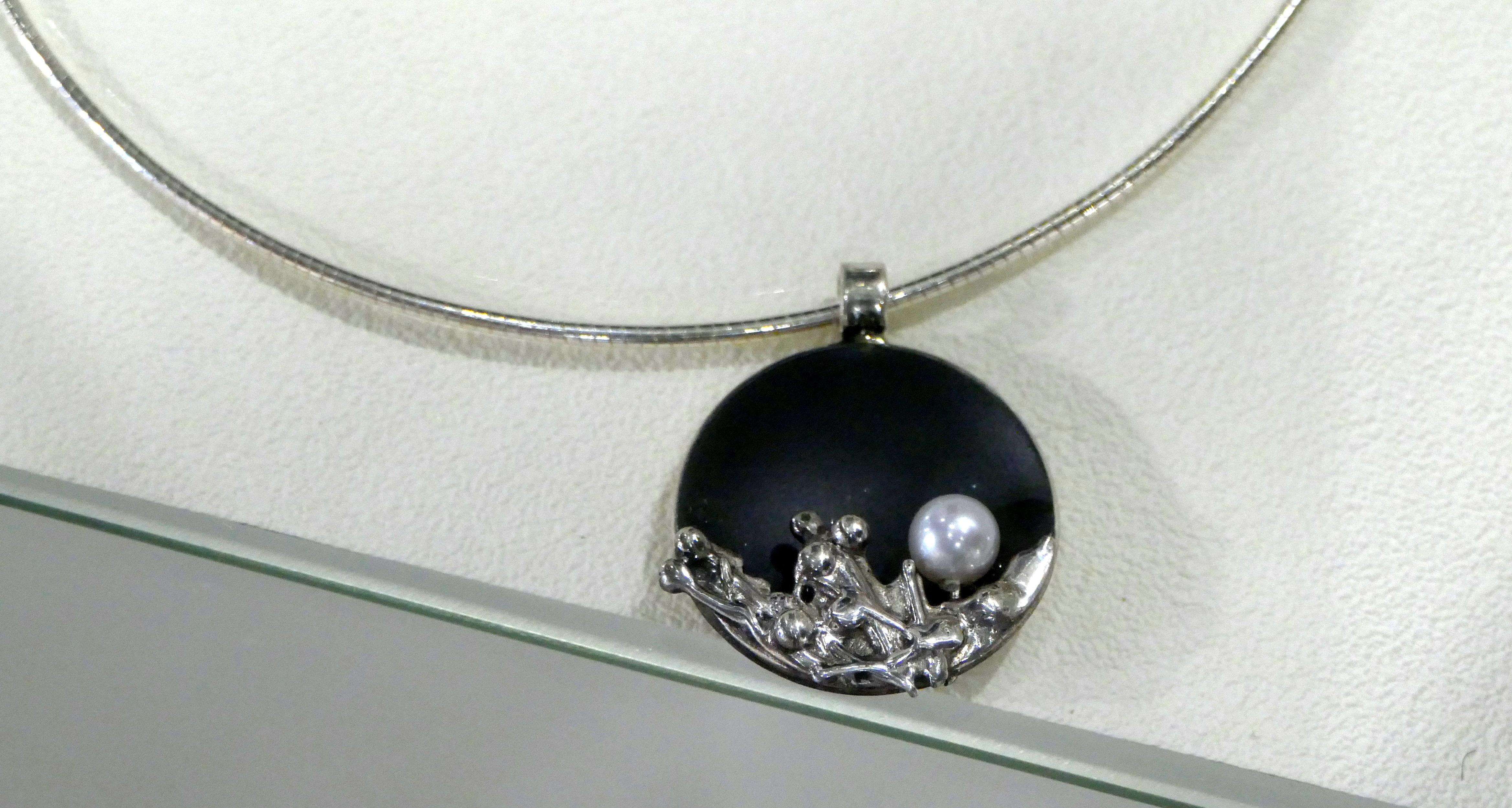 Klaus Chimot, bijoux en argent.