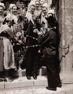 Bleuniou Sivi 1946 skilton 3