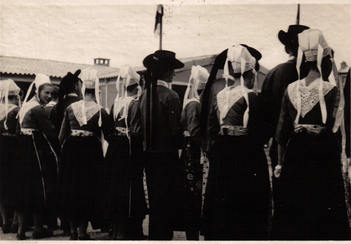 Bleuniou Sivi 1946 de dos