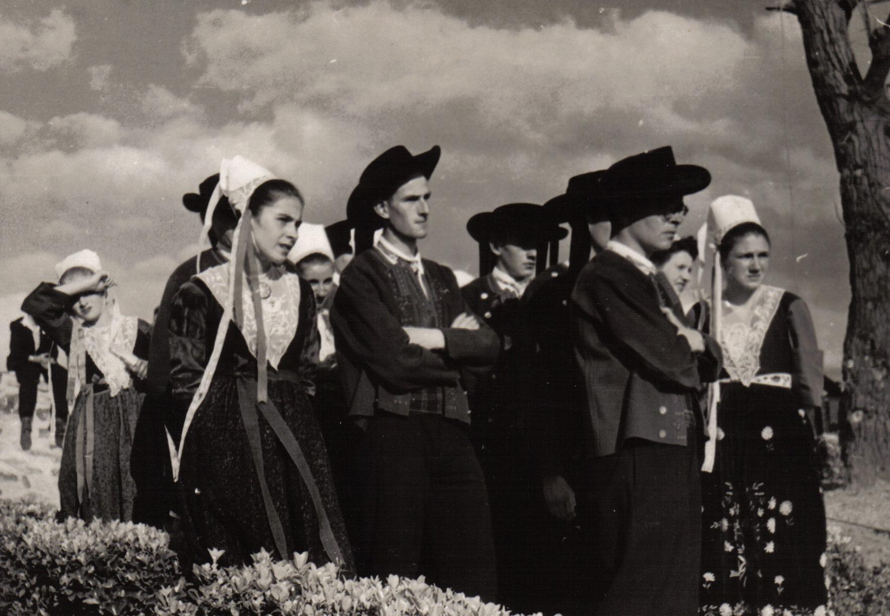 Bleuniou_Sivi_1946_avant_de_passer_sur_scène