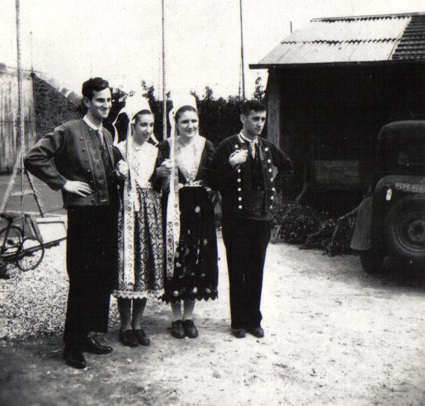 Bleuniou Sivi 1946 quadrette