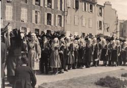 Bleuniou_Sivi_1946_défilé