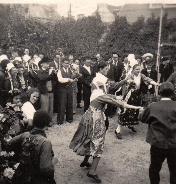Bleuniou Sivi 1946 rond 1