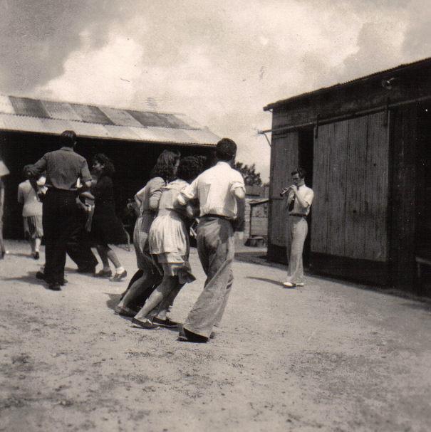 Bleuniou Sivi 1946 premiers pas 3