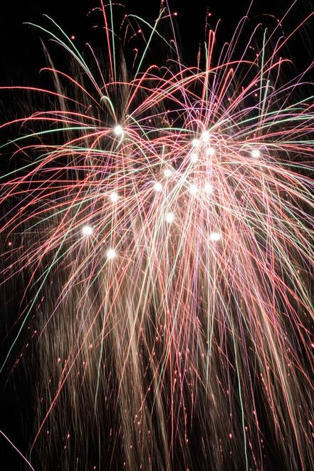 Wedding fireworks in Nottinghamshire. darleyandunderwood.co.uk