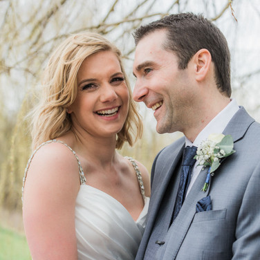 Countryside Nottinghamshire wedding photographer. Natural wedding portrait at the Nottinghamshire Golf Club