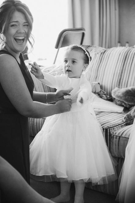 Documentary wedding photography Nottinghamshire. Flower girl preparations.