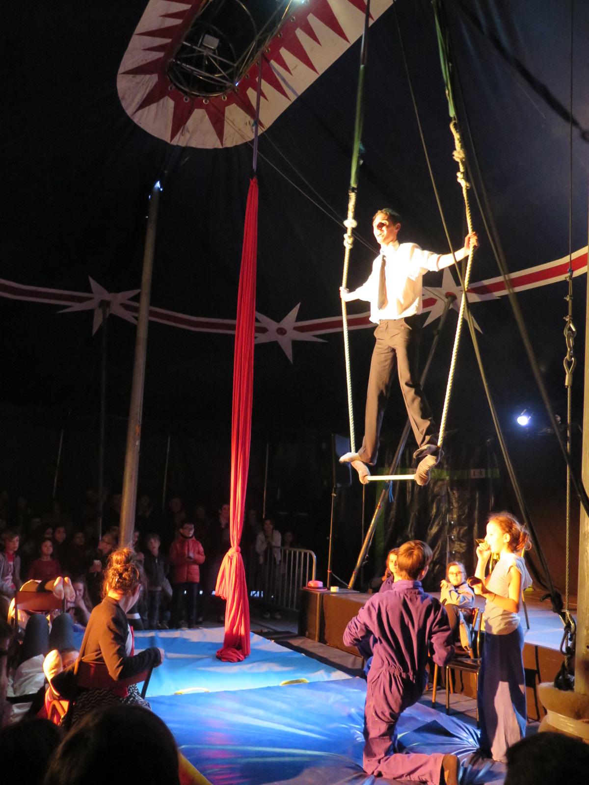 En_10_cirques,_création_avec_l'Art_d'en_