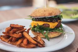 Beyond cheese burger-2