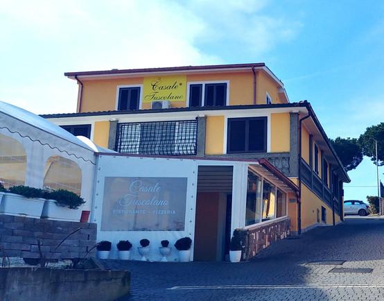 Ingresso Ristorante Casale Tuscolano.jpg