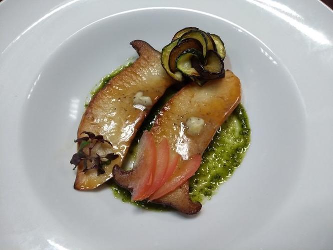 Eryngii mushrooms with pesto