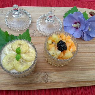 Banana cream and fruits