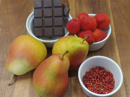 Pear with dark chocolate