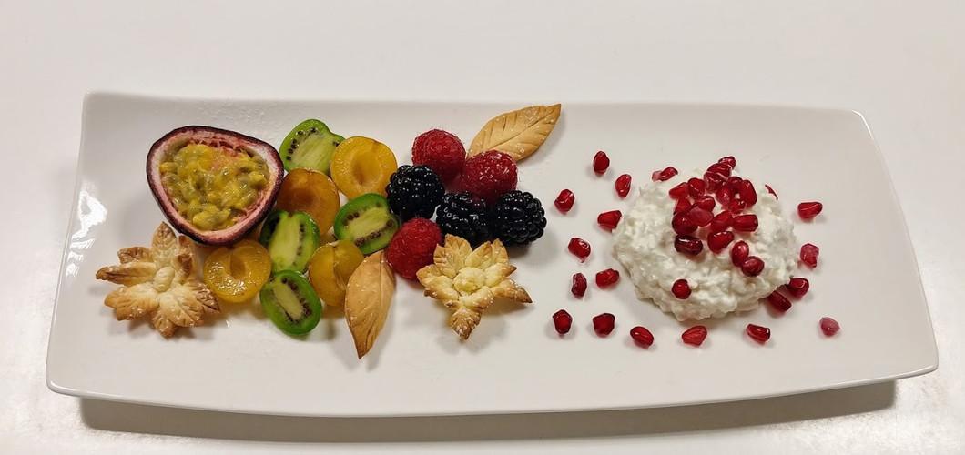 Exoctic fruits salad