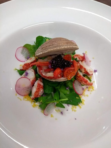 Clam with lobster and caviar