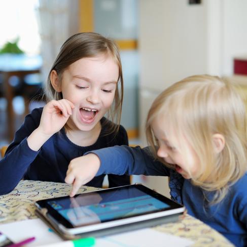 """¿Cómo atraer """"Aprendices Remotos"""" con recursos digitales?"""
