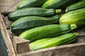 Organic Courgette (each) (£0.58/100g)