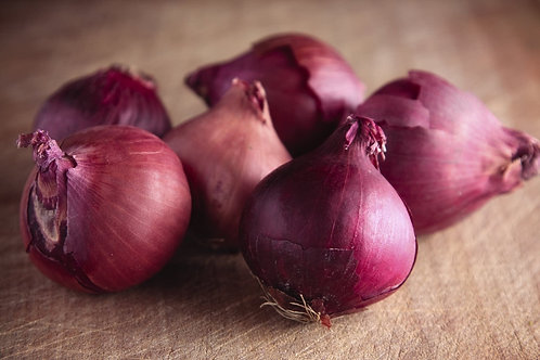 Organic Red Onions (each) (£0.35/100g)