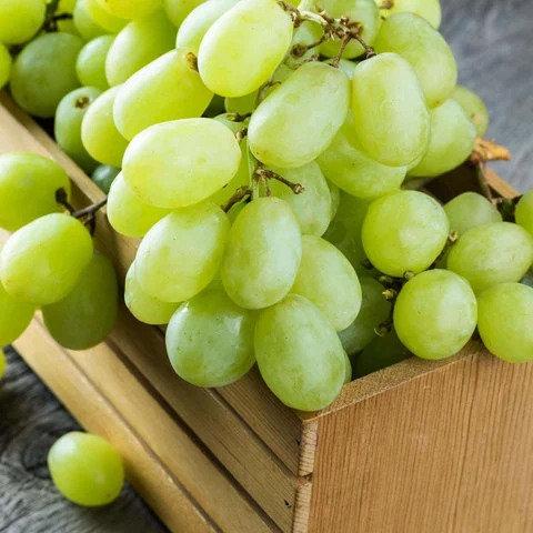 Organic White Vittoria Grapes 400g (£0.78/100g)