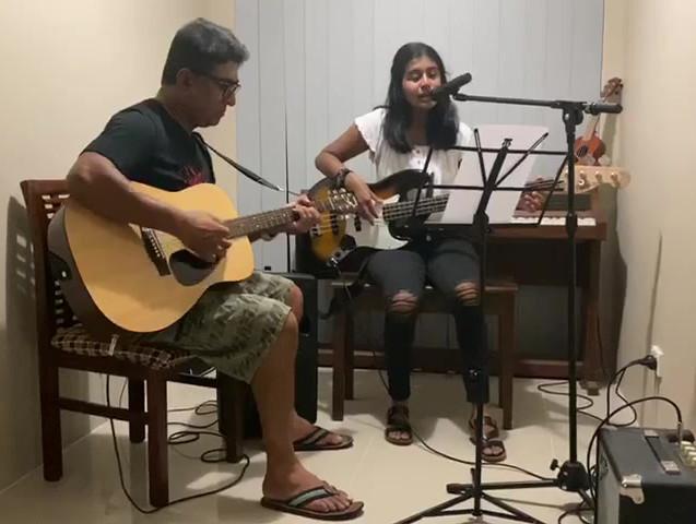 Das and Maneesha