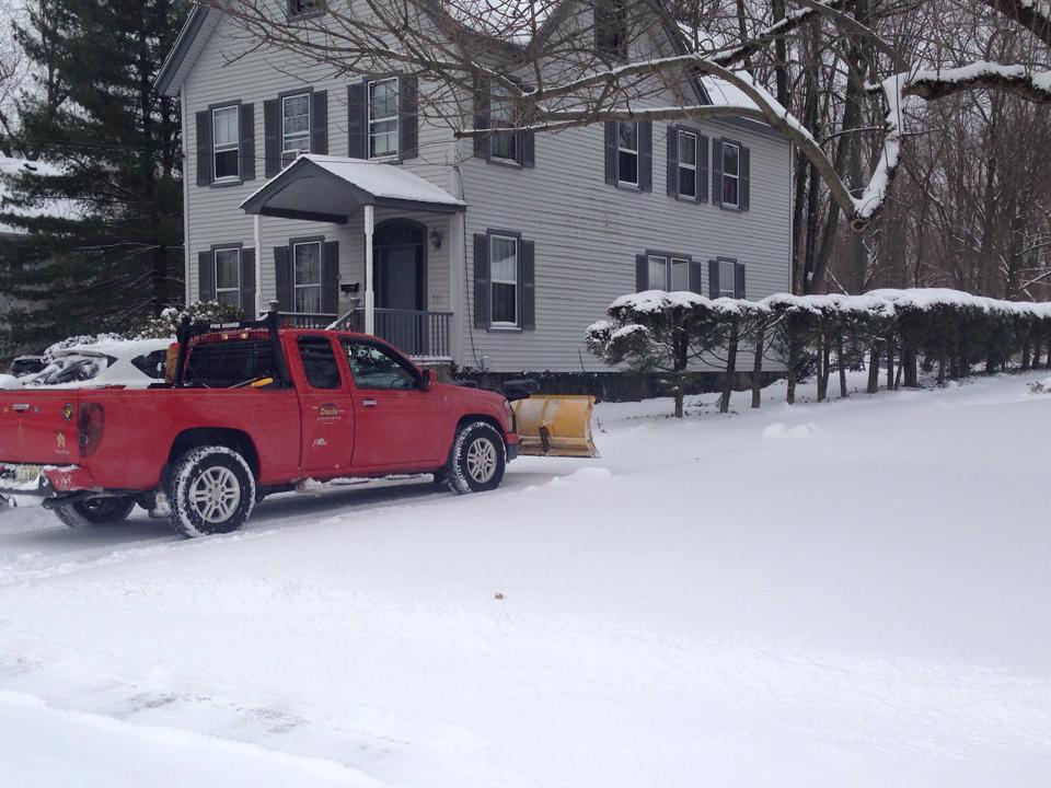 snowplow-driveway