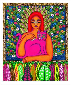 Mujer con gato rosa