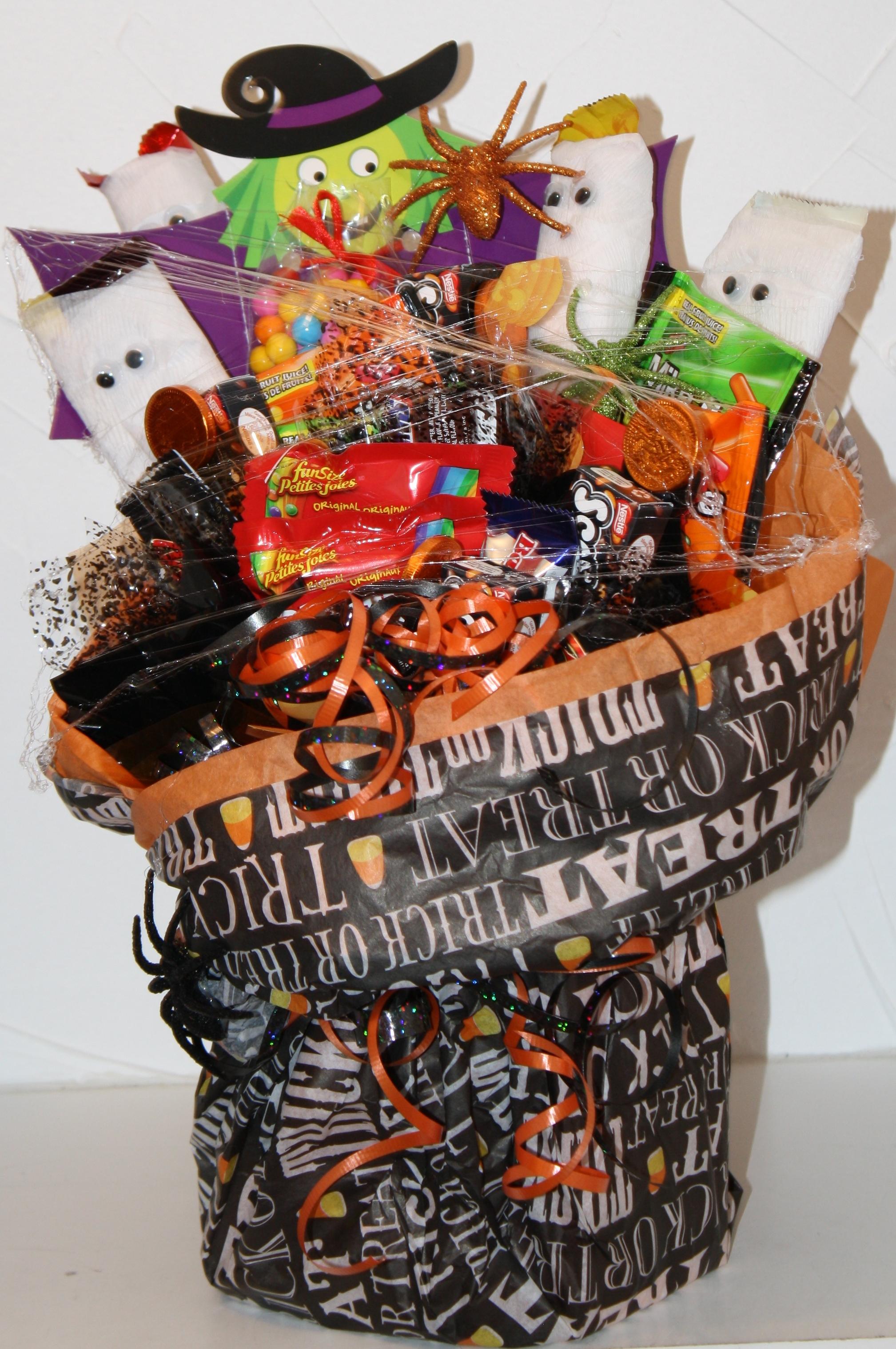 Halloween Candy Bar Surprise