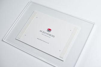 Design_Acrylglas_Montage.jpg