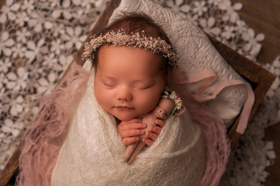 NewbornSRGB_2.jpg