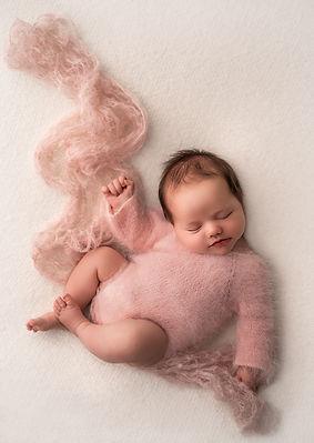 newborngirl_pink_sRGB.jpg