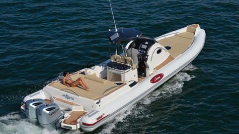 Altamarea boat.jpg