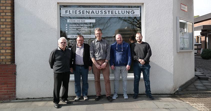 Mitarbeiter Team Baustoffe Reinartz Bild Fliesenausstellung