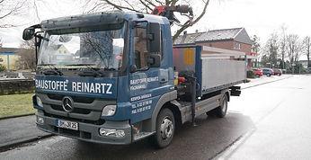 LKW Baustoffe Reinartz Johann Reinartz Auto Mercedes Blau Kran