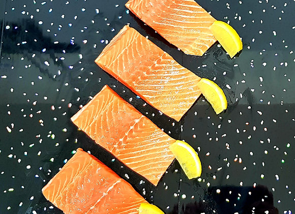Fresh salmon portions