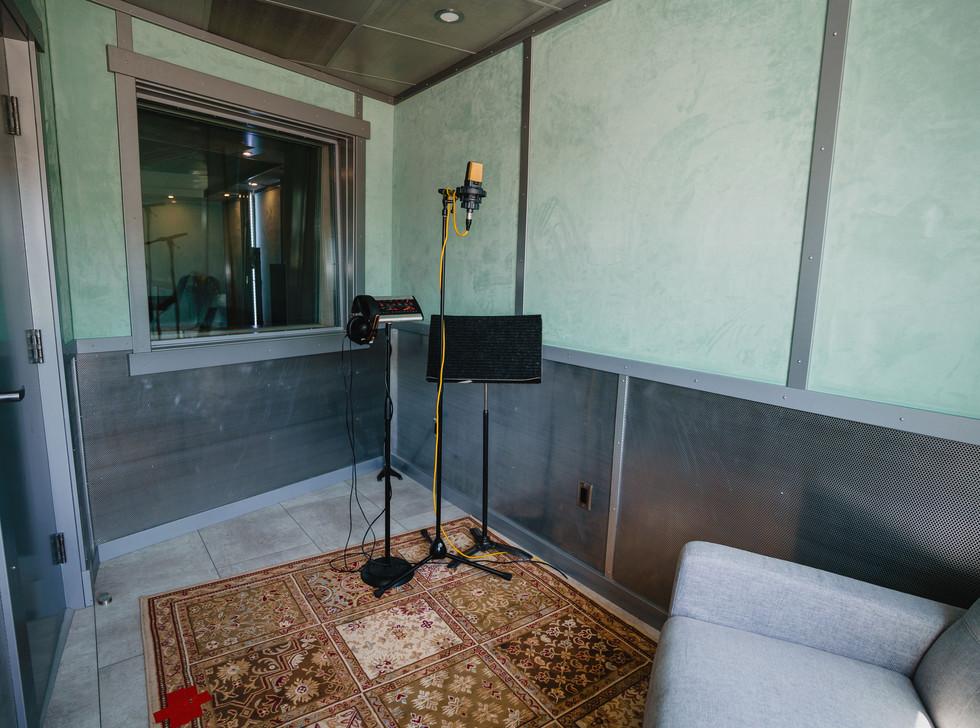 Studio C Iso Booth