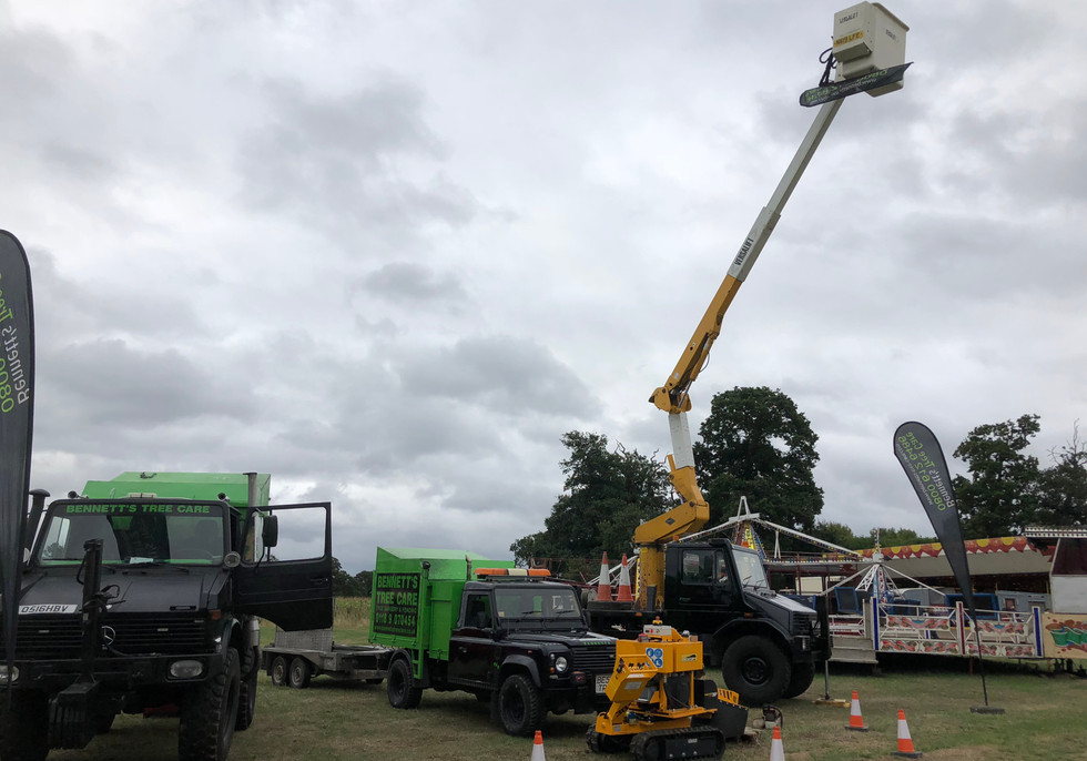 Bennetts Tree Care swallowfield show