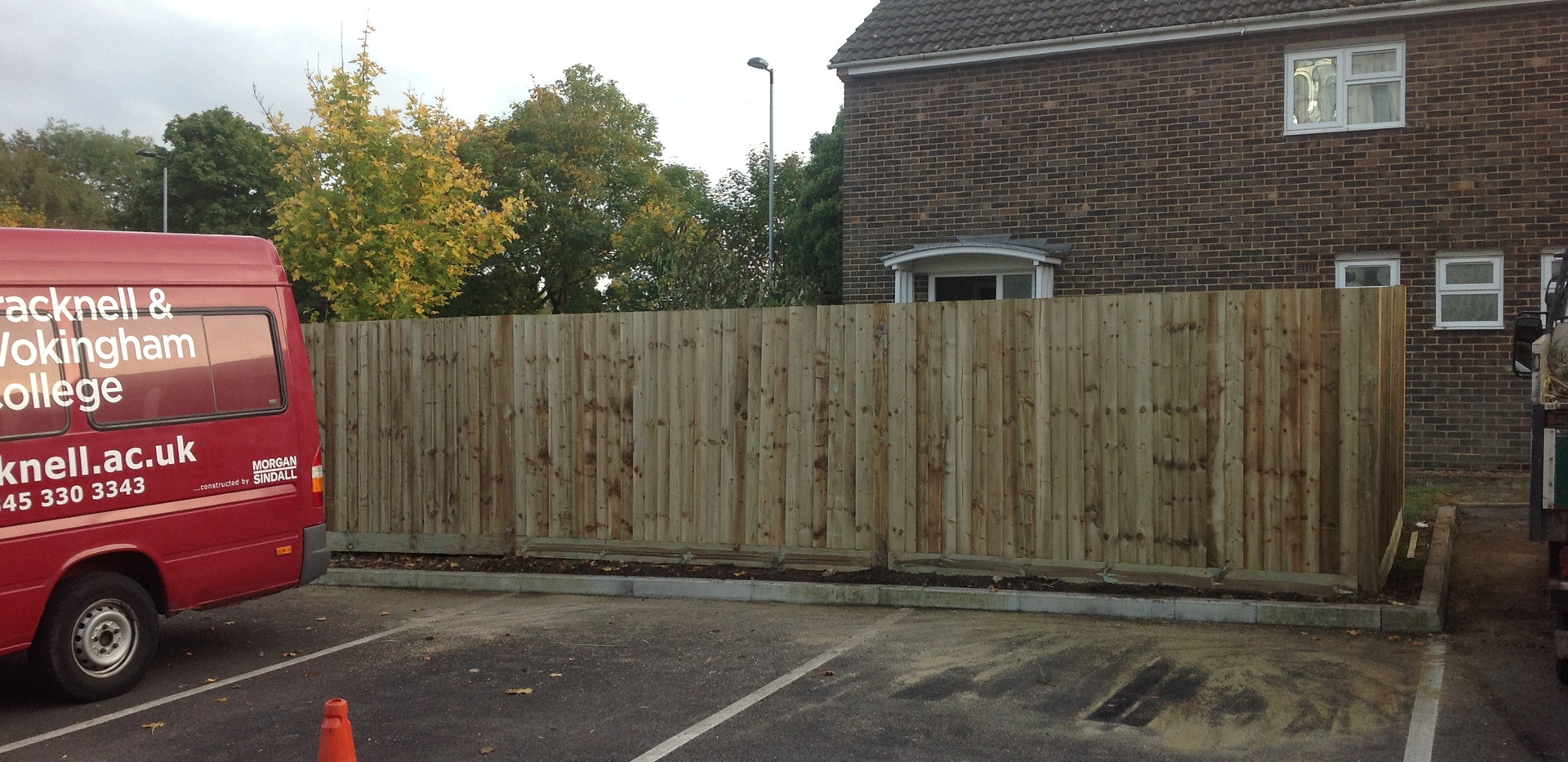 bracknell collage we installed close board fencing