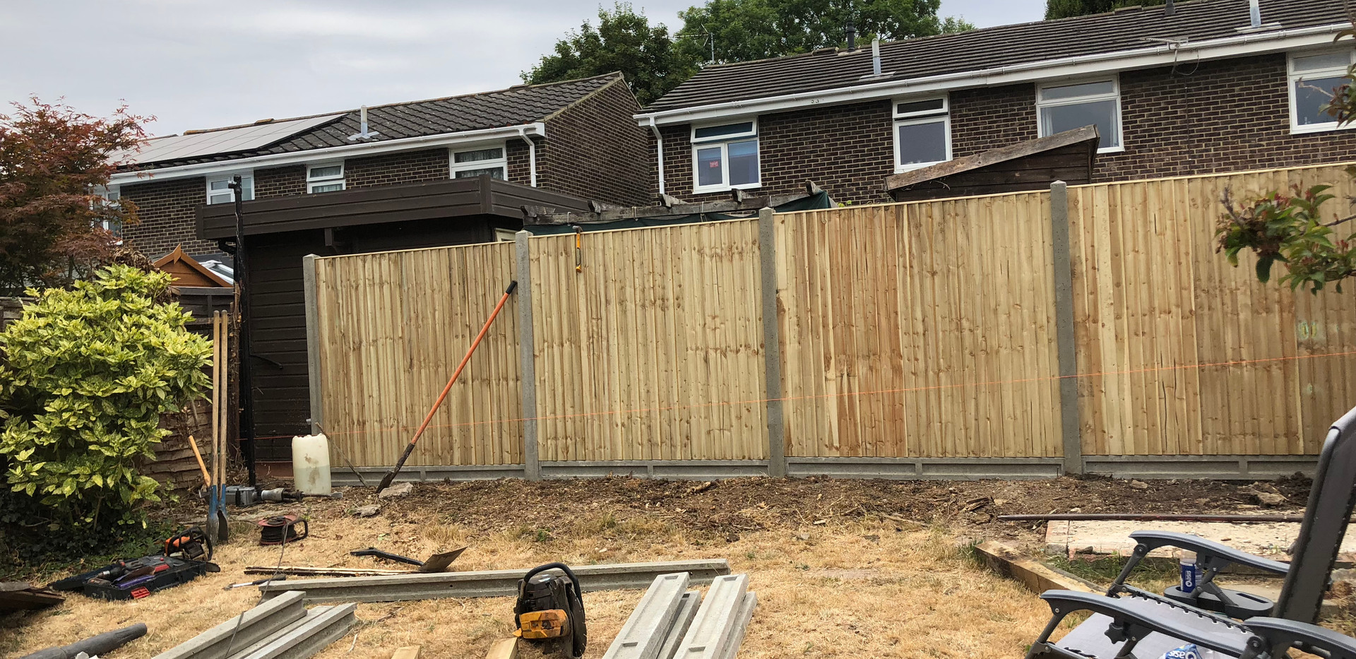 Bennetts Tree Care close baord panels installed fencing in woodley