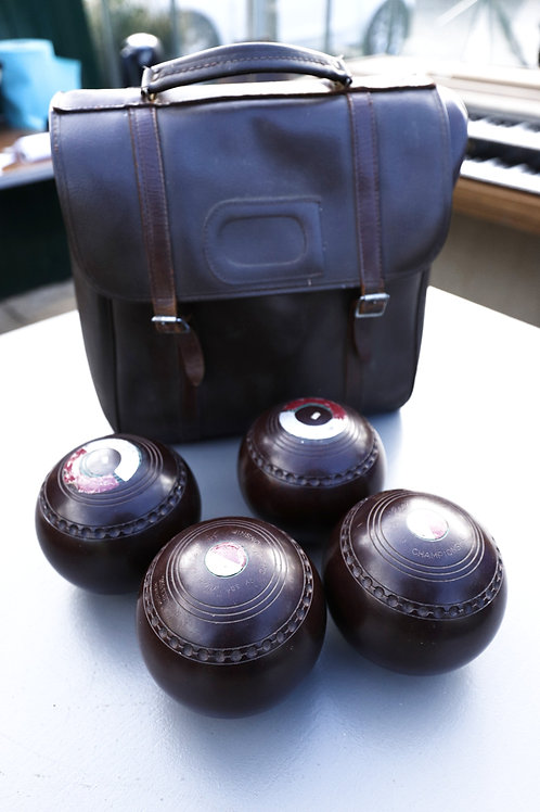 494. Bowling Balls and Case