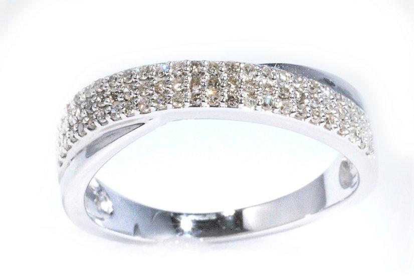 9 Carat White Gold Diamond Ring