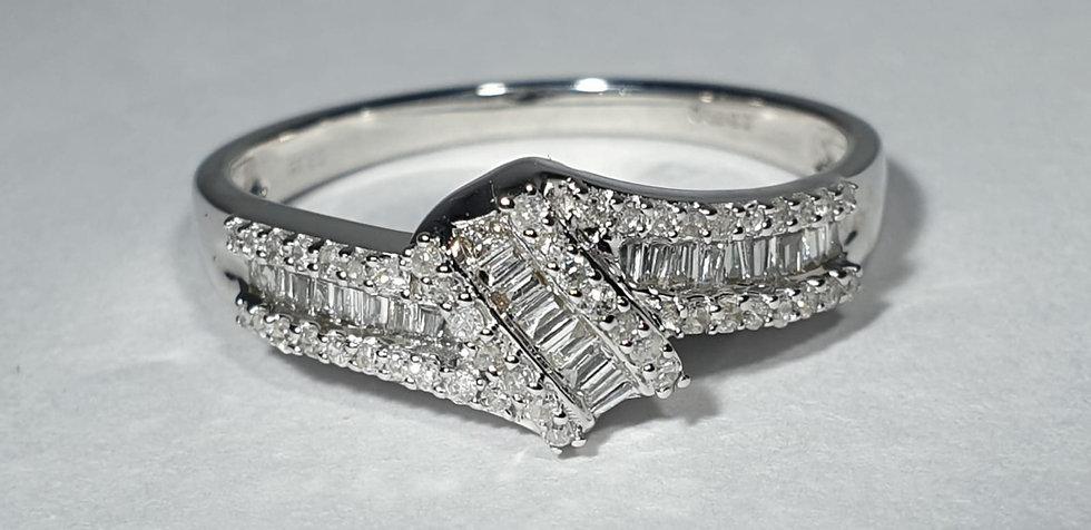 9 Carat White Gold Dress Ring