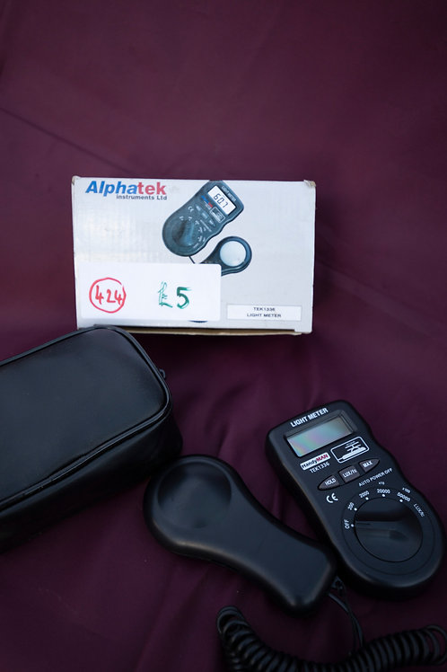 424 x Alphatek Light Meter