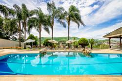 Piscina Hotel Vila Verde 5