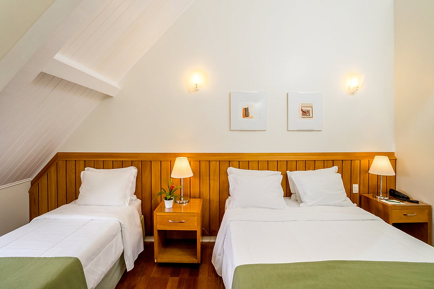 Quarto Luxo Hotel Vila Verde1.JPG