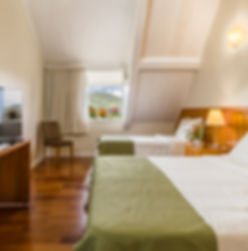 Quarto Luxo Hotel Vila Verde.JPG