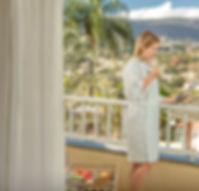 varanda,_hóspede,_Hotel_Vila_Verde_Atiba