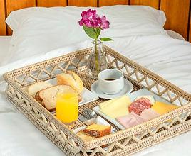 café_da_manhã_no_quarto,__Hotel_Vila_Ver
